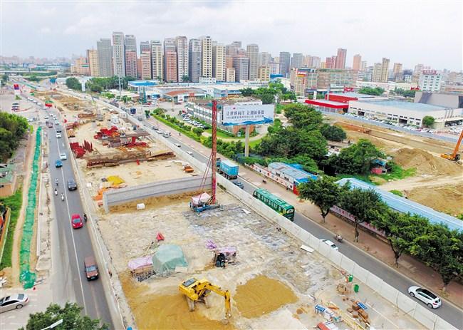 """市政重点项目建设实现""""双过半"""""""