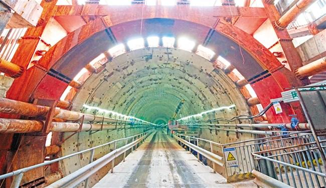 汕頭海灣隧道東線隧道海域段4月可望貫通